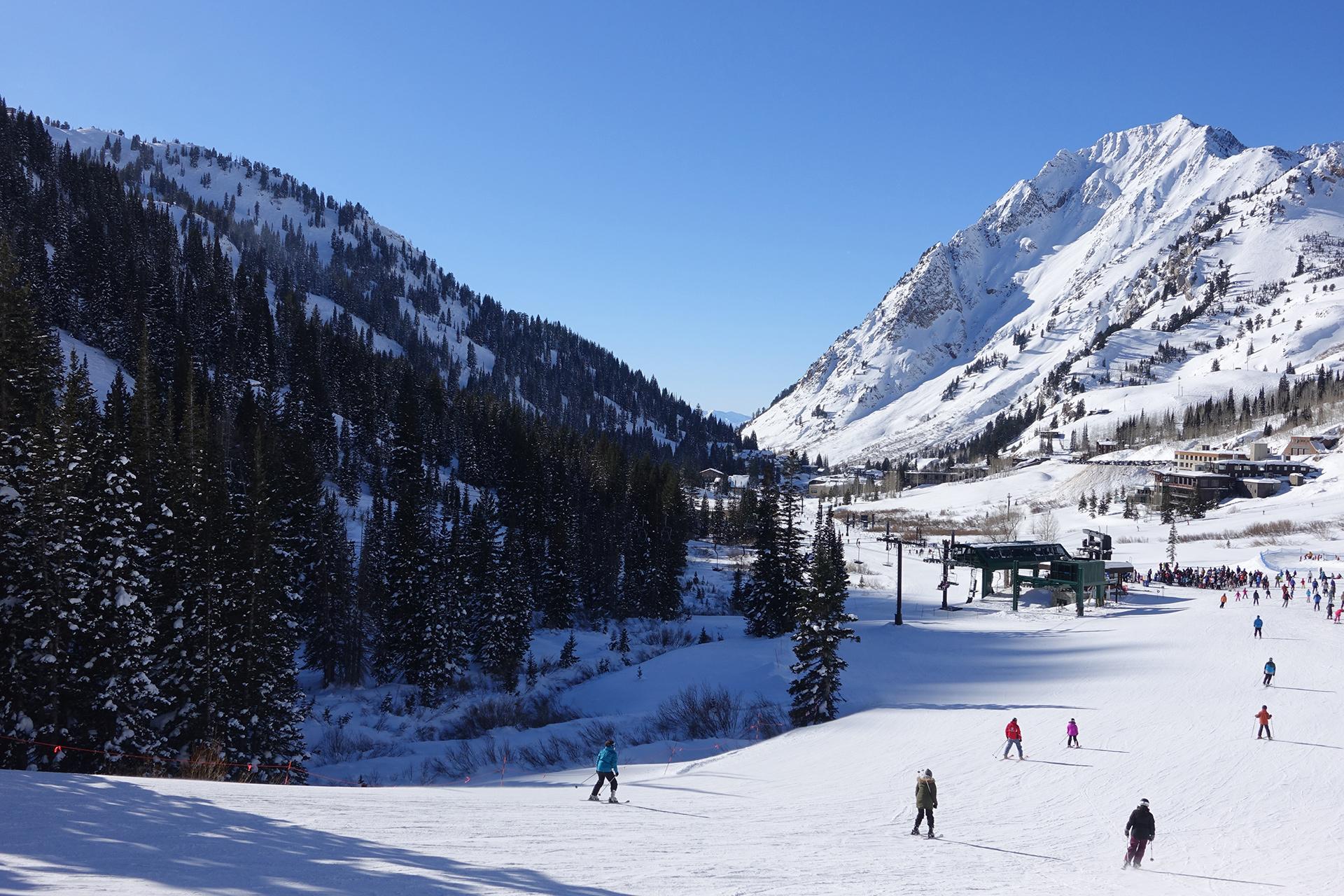WanderingAway.com : Skiing at Park City, Canyons, Snowbird..