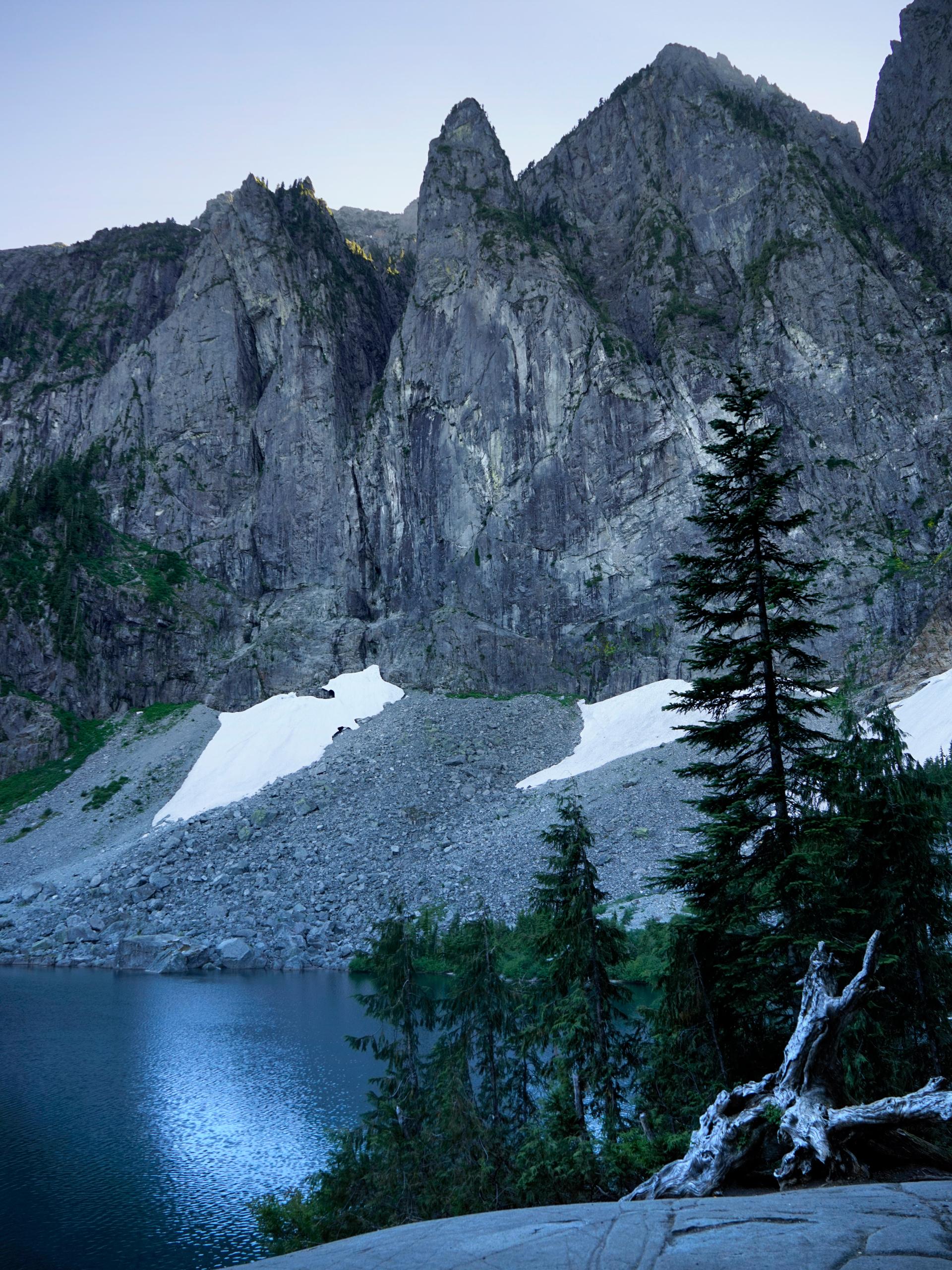 Wanderingaway Com Hiking Lake Serene And Bridal Veil Falls